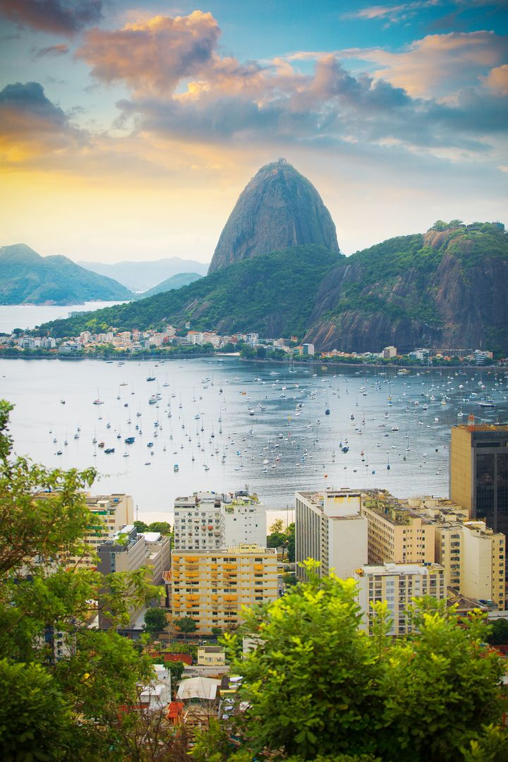 世界が認めた究極の絶景!ブラジルの「バイアドサンチョ」は世界一美しいビーチ