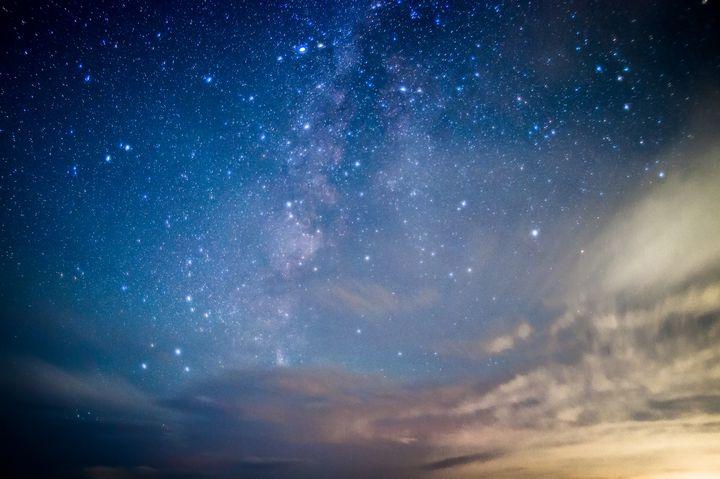 """満点の星空に囲まれる最高体験!""""天体観測ができる""""日本の宿泊施設12選"""