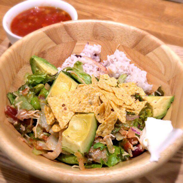 お野菜足りてる?大人気サラダ専門店「サラディッシュ」池袋にOPEN