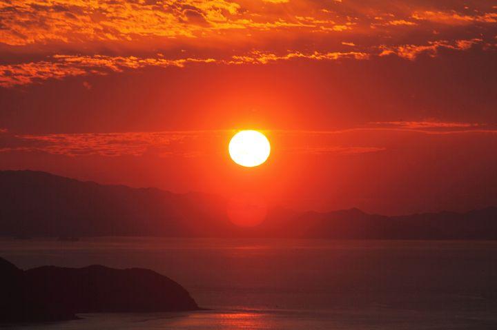 """晩夏こそ""""海""""で大人な時間を。関東近郊海沿いおしゃれレストラン9選"""