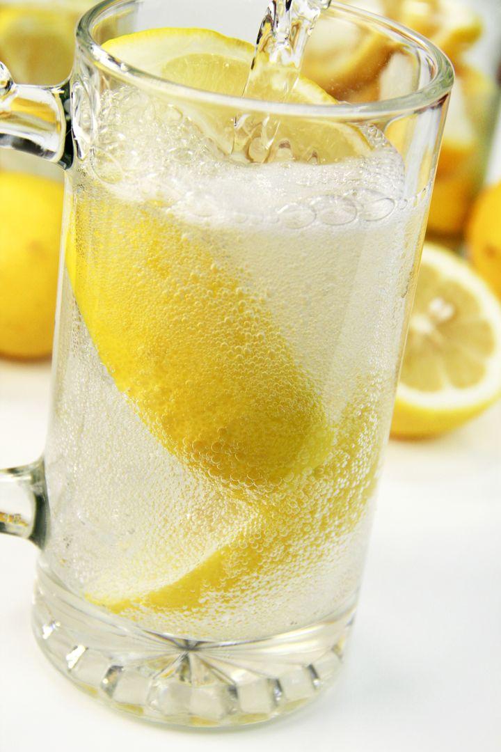暑い夏にぴったり!ユニークなレモンサワーが飲める東京都内の居酒屋5選