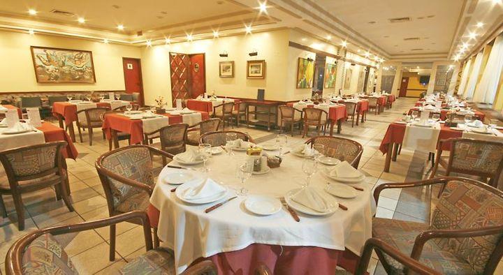 レシフェ モンテ ホテル(4つ星ホテル)の中のレストラン