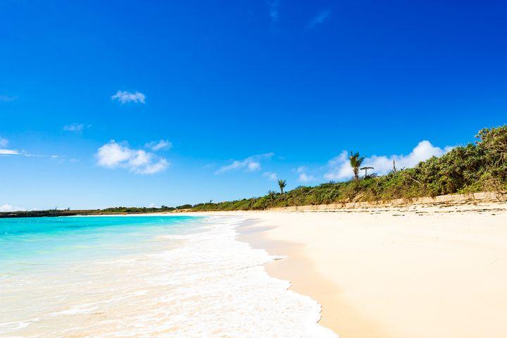 """まるで海外のような穴場ビーチ!今年の夏は美しすぎるビーチ""""竹野浜""""に行こう"""