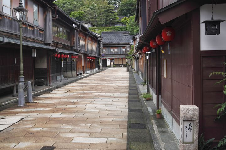 旅の充実度120%!人気観光地「金沢」の2泊3日旅行プランはこれだ
