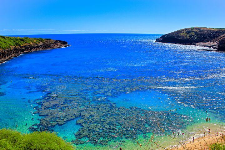 地中海最後の楽園!スペイン屈指の絶景ビーチ「プラヤ・デ・セス・イエテス」とは