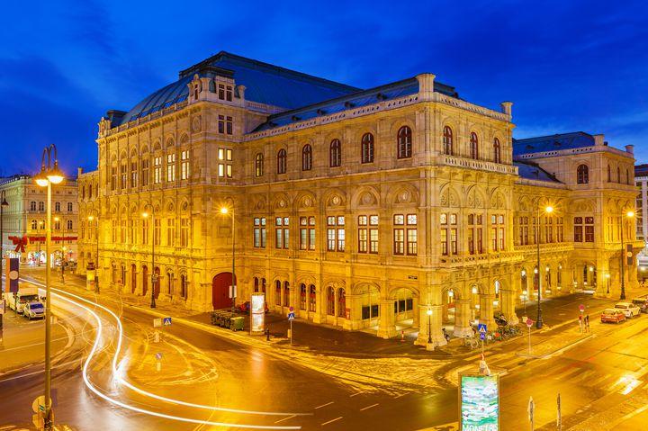 たった3ユーロ?音楽の都「ウィーン」で本場のオペラを格安で鑑賞する方法とは