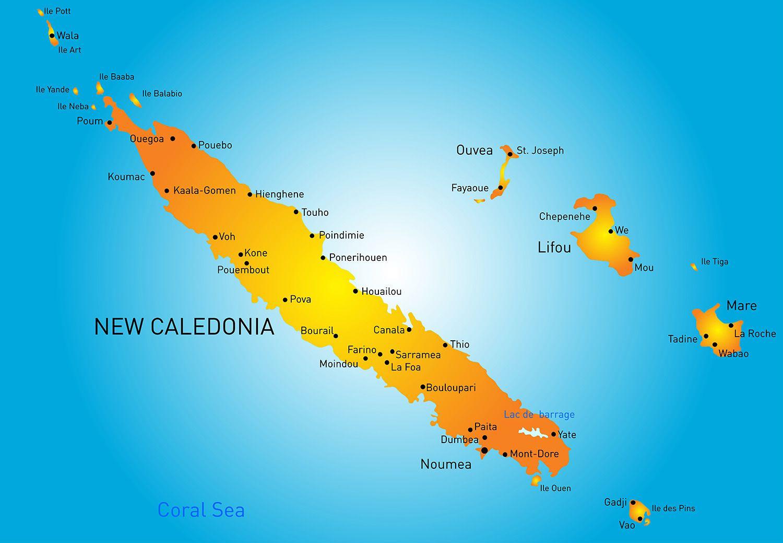 成田や関空から直行便で約8時間30分。南太平洋に浮かぶフランス領の島々「ニューカレドニア」は、みなさん、ご存じですよね。ユネスコ世界遺産にも登録された、世界最大規模の「ラグーン(環礁)」に囲まれた美しい島々は、「天国にいちばん近い島」などとも呼ばれています。いちばん大きな本島「グランドテール島」南部の首都「ヌメア」を中心に「ウベア島」や「イル・デ・パン」といった離島のビーチで休暇を過ごしに訪れる人の多い旅先ですが、実はそれだけではもったいない。最近は、ワイルドな手つかずの自然景観を楽しめる本島北部にも旅ツウたちの注目が集まっているんです。今回は、そんな中から初めての旅人でもレンタカーを運転できれば比較的、訪れやすい5つのエリアをご紹介します。