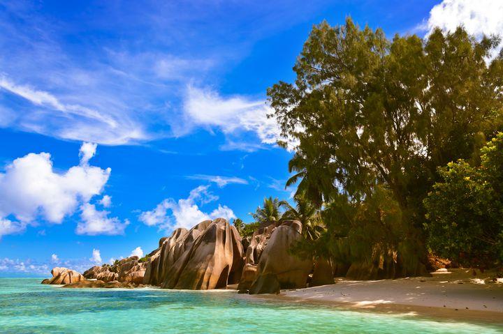 インド洋に浮かぶ真珠!セーシェルの絶景「スースダルジャン岬」が美しすぎる