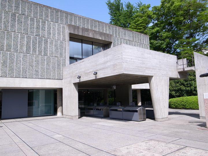 一見すると普通の建物?国立西洋美術館が世界文化遺産に登録された理由とは