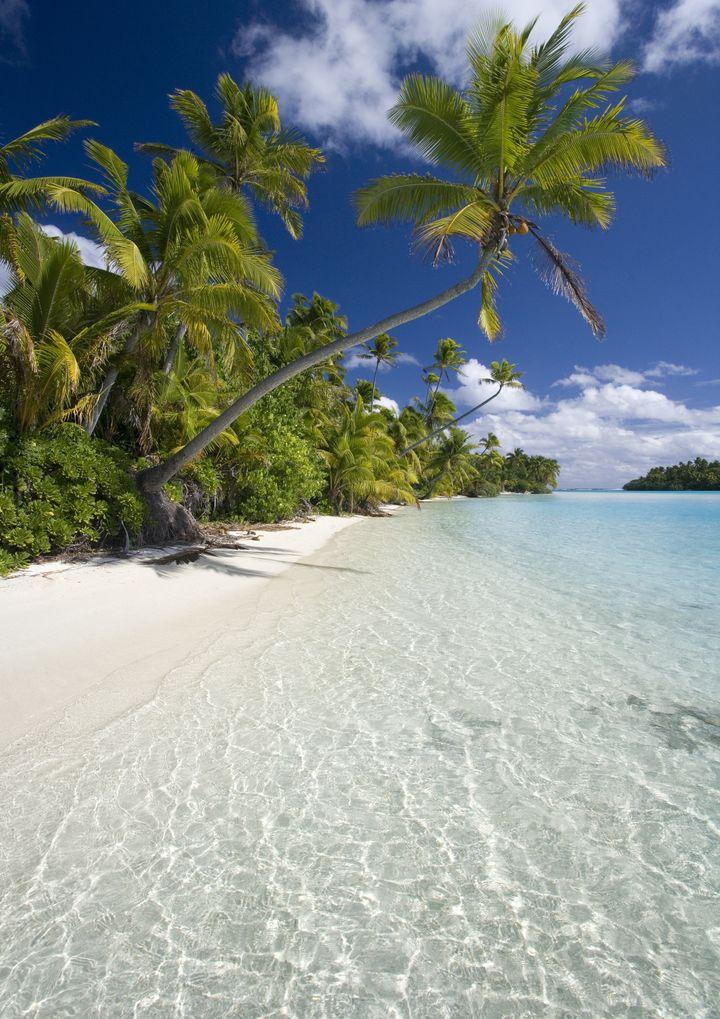 幻想的な地上の楽園!死ぬまでに一度は行きたい夢の島「アイツタキ島」とは