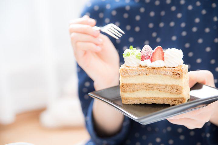 美しすぎる断面!韓国のフルーツケーキがフォトジェニックすぎる