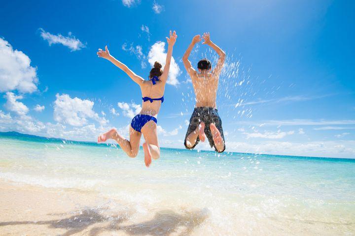 """これでもう心配なし!海を100%楽しむことができる""""便利な持ち物""""17選"""