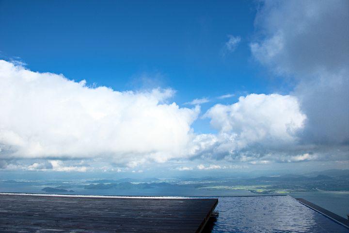 """壮大なパノラマ!琵琶湖の絶景が見渡せる""""びわ湖テラス""""が魅力的すぎる"""