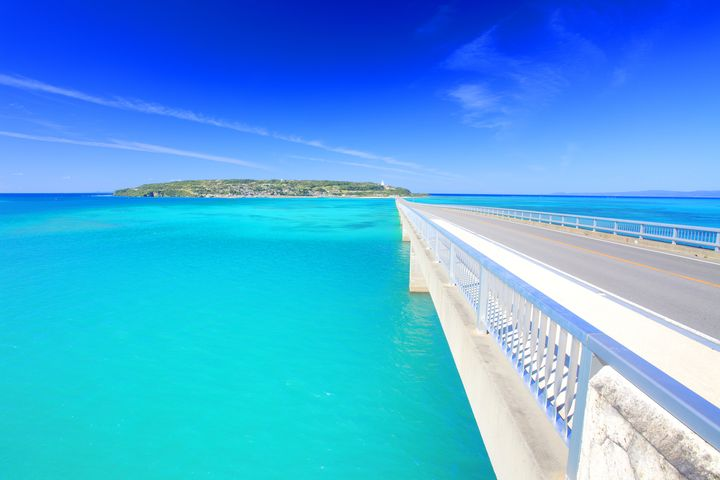 息を呑むような美しき離島!アクセスも抜群の沖縄県『古宇利島』に行きたい