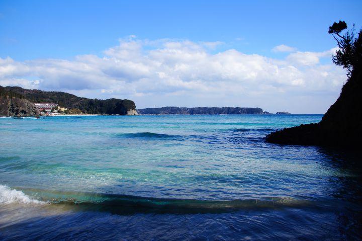 もうハワイに行く必要なし!東京から3時間、美しすぎる「入田浜」とは