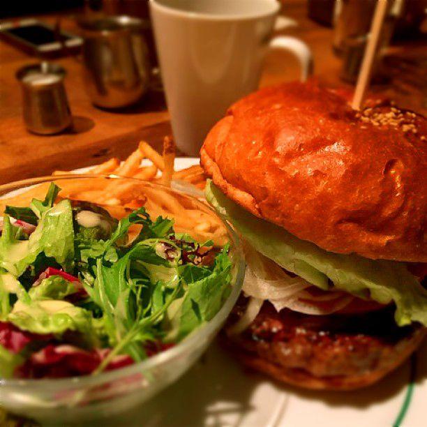 並んででも食べたい!新宿三丁目の人気おすすめランチランキングTOP5