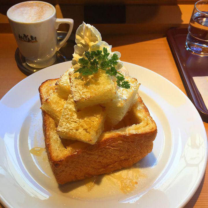 先着100名は半額に!神奈川初出店の高級食パン「ミヤビカフェ」に急げ!