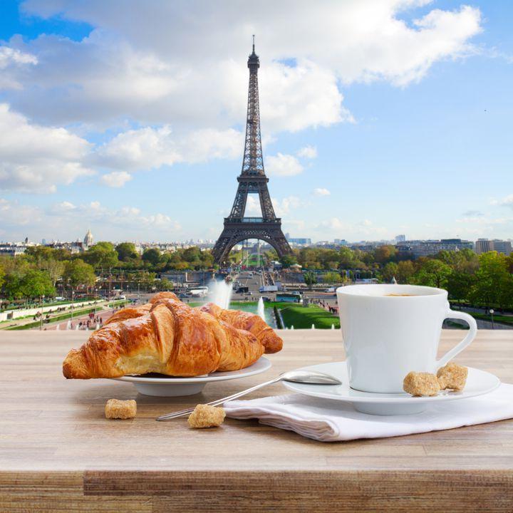 """素敵な街でカフェ巡りはいかが?""""パリ""""のお洒落すぎるカフェ11選"""