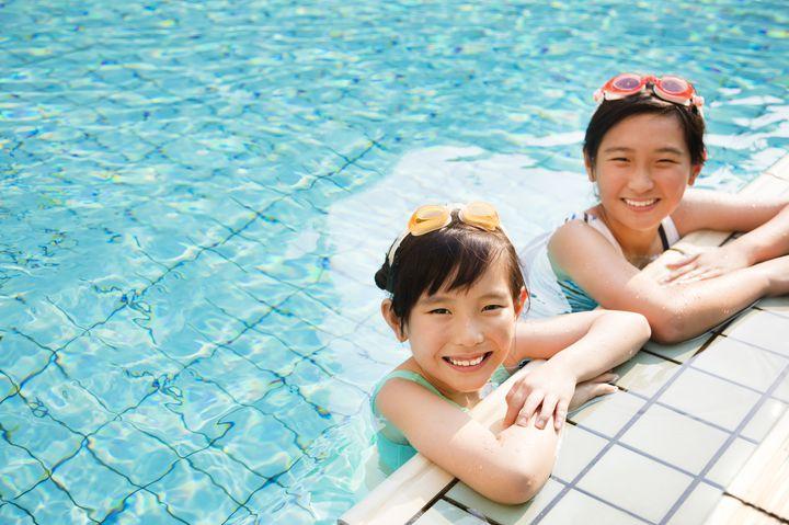 人気プール!大阪で今年オススメ家族も楽しめるプールランキング♪