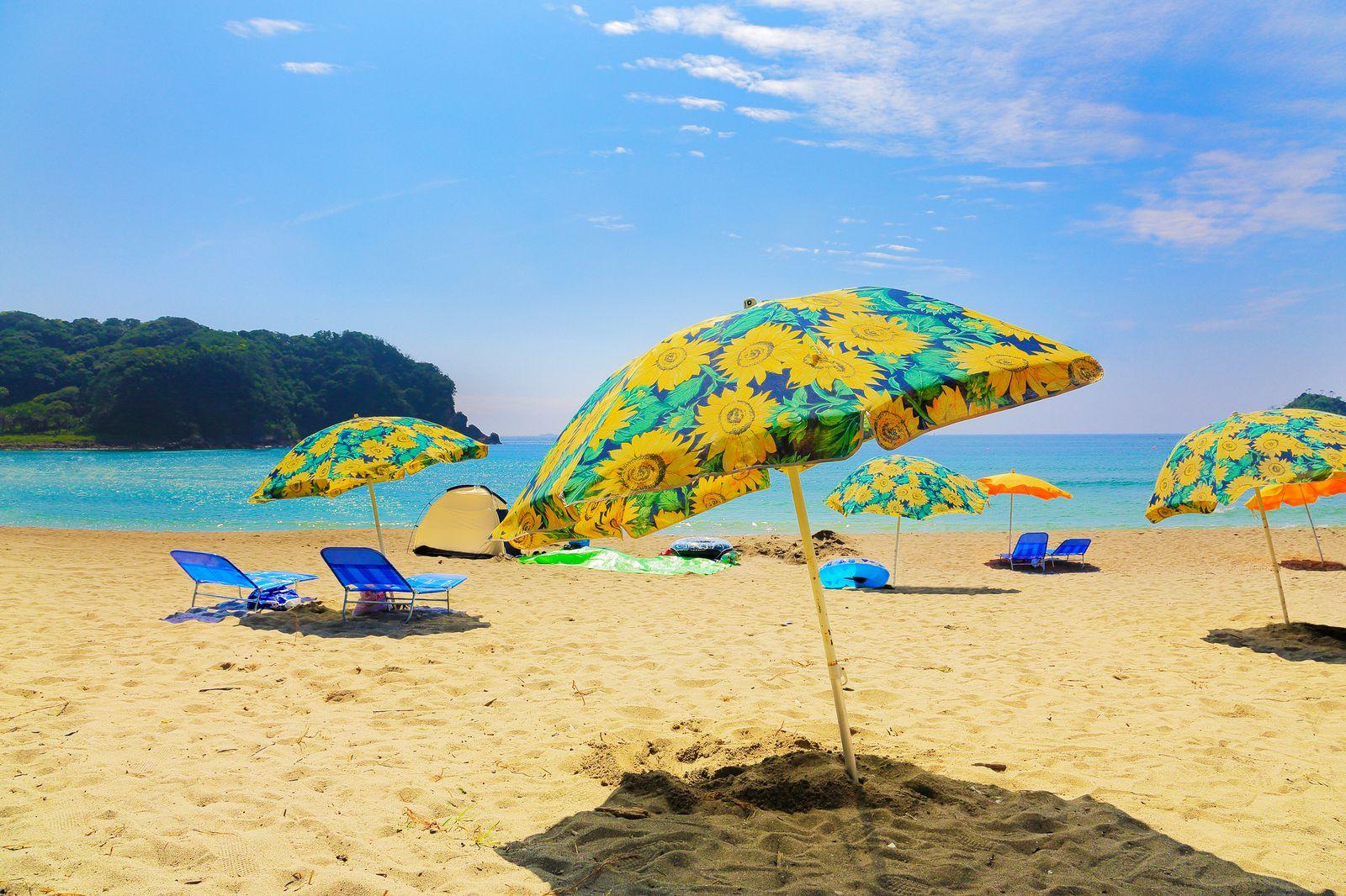 透明度が非常に高い!リゾート気分が味わえる静岡の海水浴場ランキングTOP7 メイン画像