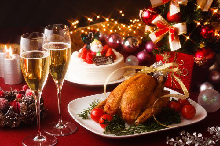 盛り上がること間違いなし!クリスマスパーティーを家で楽しむ8つの方法