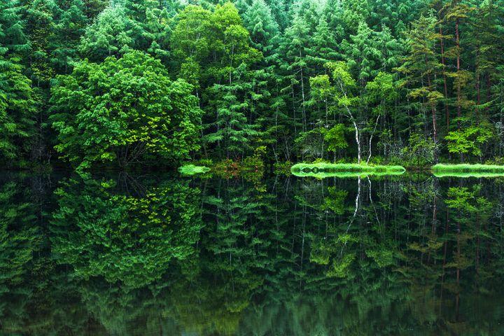 人生で一度は見たい水の絶景!日本全国の美しすぎる「水鏡」10選