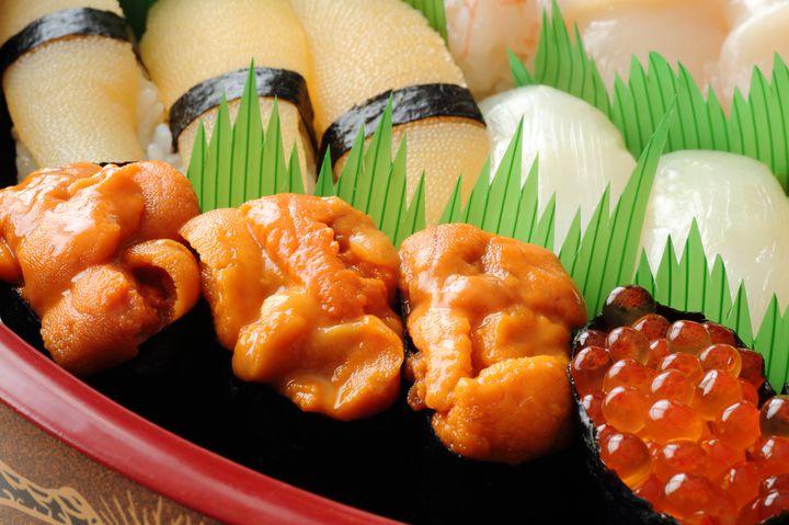 真の美食家が集う名店。世界が惚れた日本一の高級寿司「すきやばし次郎」とは