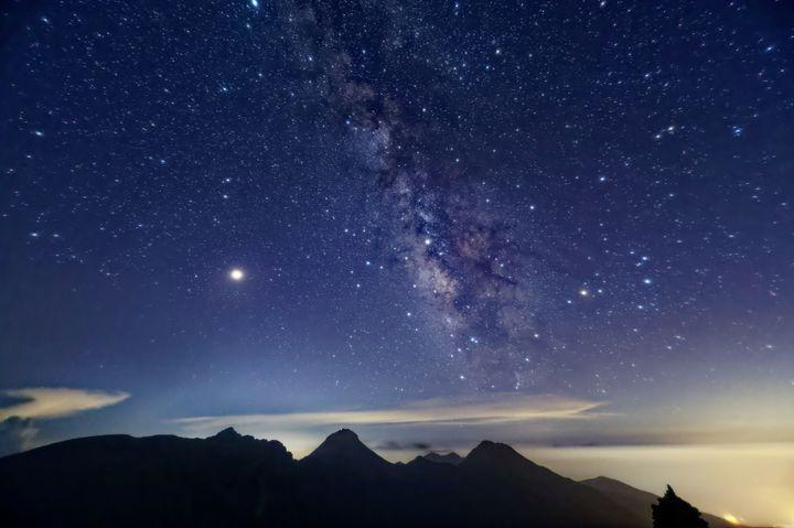 満天の星に包まれる贅沢。日本国内の星空鑑賞に人気のスポットランキングTOP10