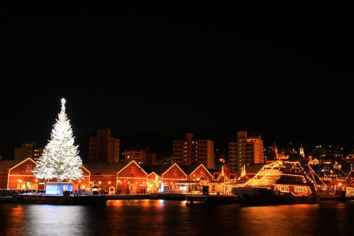 【終了】巨大ツリー×花火!スープバーも登場する「はこだてクリスマスファンタジー」開催