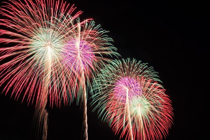 【終了】冬花火・音・光のコラボレーション!くりはま花の国で「音楽と花火の競演」開催