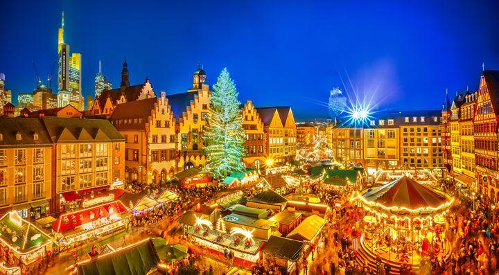 """聖なる夜こそ、海外で。世界の""""クリスマスイベント&おすすめホテル""""7選"""