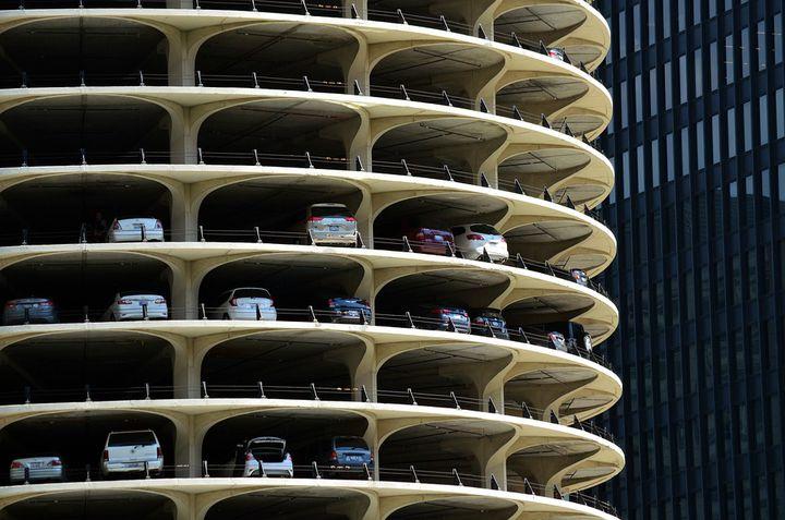 日本NO2の超高層ビルは圧巻!ランドマークタワーへのお出かけに便利な駐車場5選