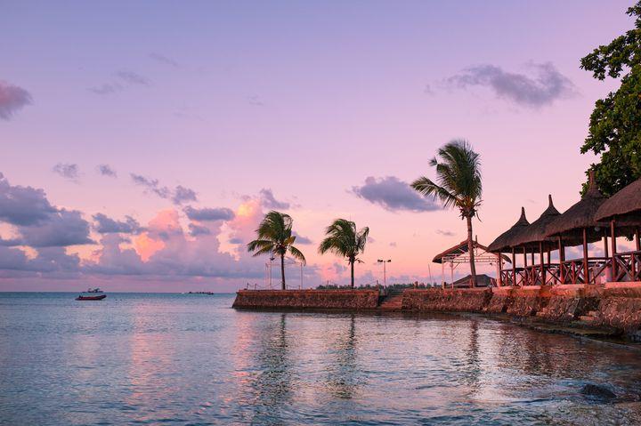 海の中に滝?冒険心をくすぐる絶景「モーリシャス島」に行ってみたい!