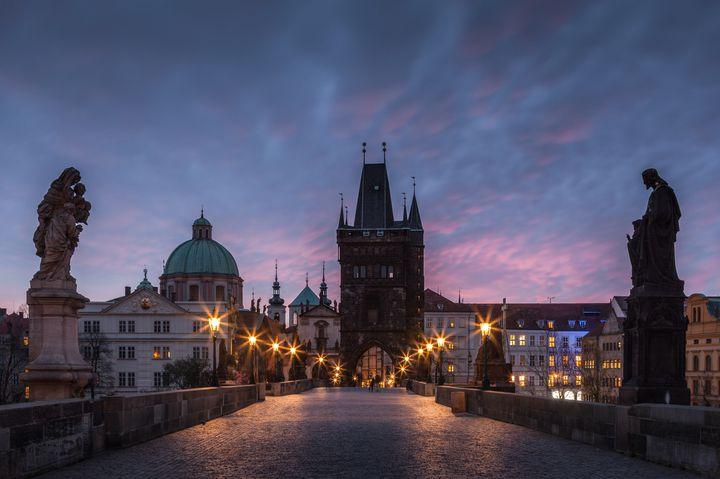 """""""カップル旅行""""で訪れたい。「プラハ」の愛と歴史を感じるスポット7選"""