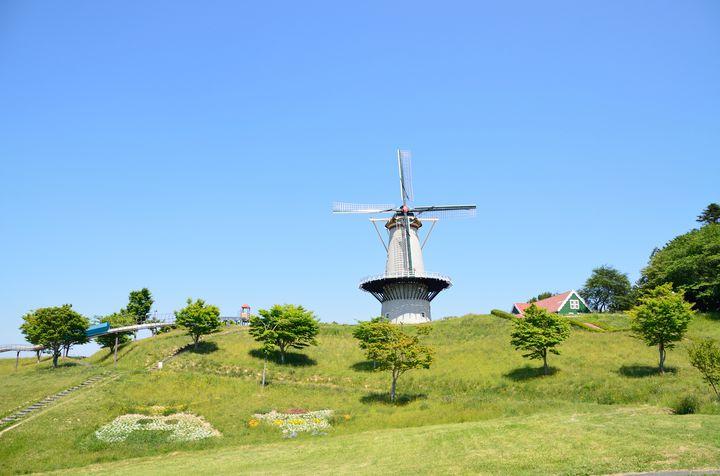 オランダ風車が魅力的!宮城県登米市の「長沼フートピア公園」とは