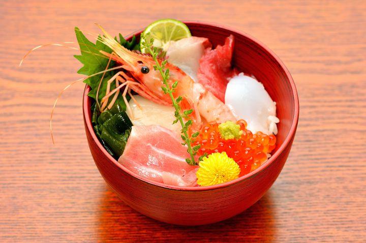 やっぱり魚介で攻めたい!富山の絶品ご当地グルメ海鮮丼ランキングTOP15