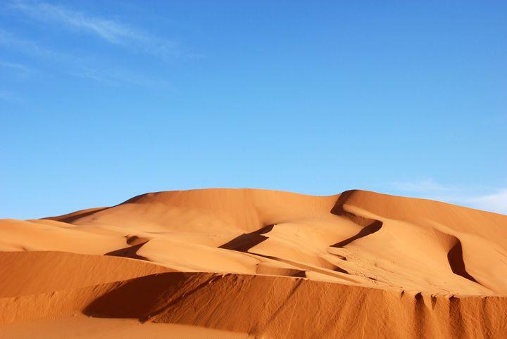あたり一面、砂の世界。人生で一度は訪れたい「サハラ砂漠」の魅力とは