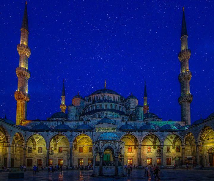 魅力あふれる中東へ学生旅行で行ってみよう!おすすめ観光スポット20選