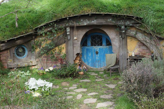 日本にもホビット族が!長野県安曇野にホビットハウスが存在した!