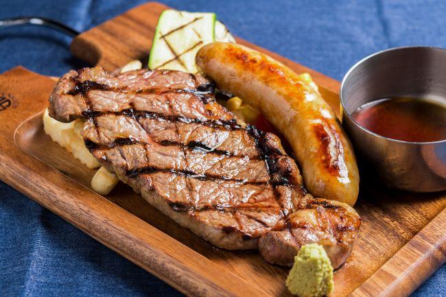 数量限定メニューも!肉が旨いカフェ「ニックストック」大阪にオープン