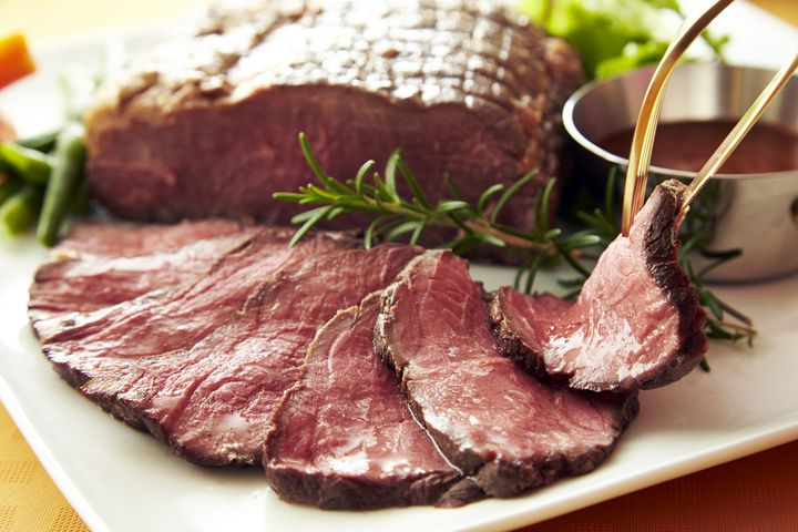 【終了】1000円でローストビーフと生ハム食べ放題!新宿で「肉祭り」開催中