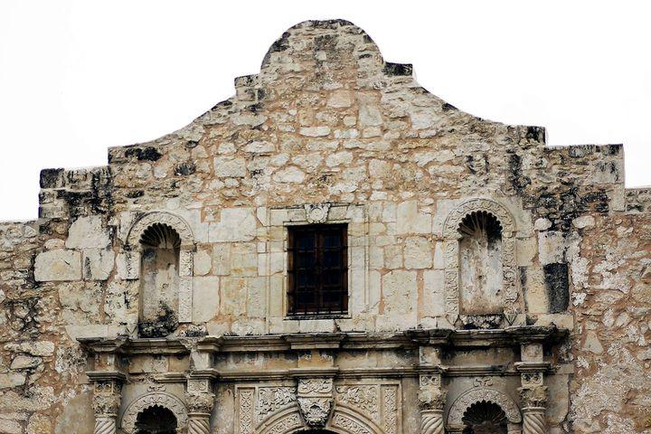 運命の13日間!世界遺産「アラモ砦」米テキサスの人気スポット