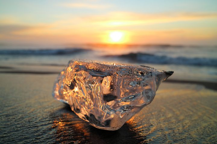 """自然のダイアモンド!十勝川で見ることのできる""""ジュエリーアイス""""が美しすぎる"""