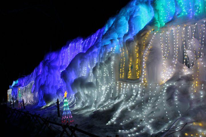 【終了】日本夜景遺産認定!白糸ハイランドウェイで「氷柱白糸イルミネーション」開催
