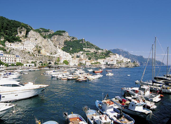 イタリアをとことん満喫!ローマから日帰りで行ける郊外都市7選