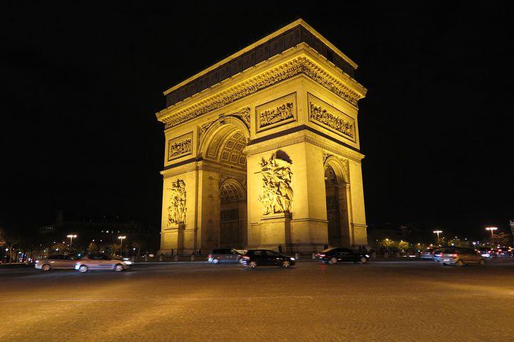 女子の憧れパリ!旅行を充実させるために欠かせないフォトスポット7選