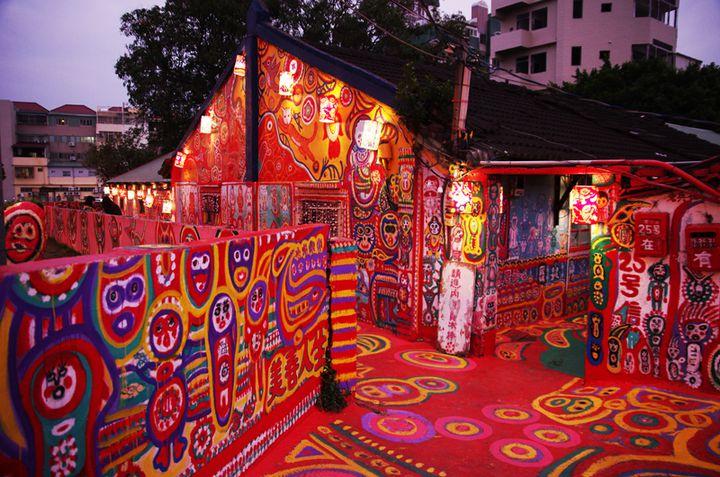 台湾の新スポット!村が丸ごとアートな『彩虹眷村』がハイテンションすぎる。行き方をどうぞ