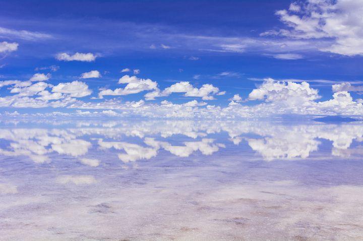"""奇跡の瞬間を見逃すな。自然が生み出す""""神秘的な時間限定の絶景""""10選"""