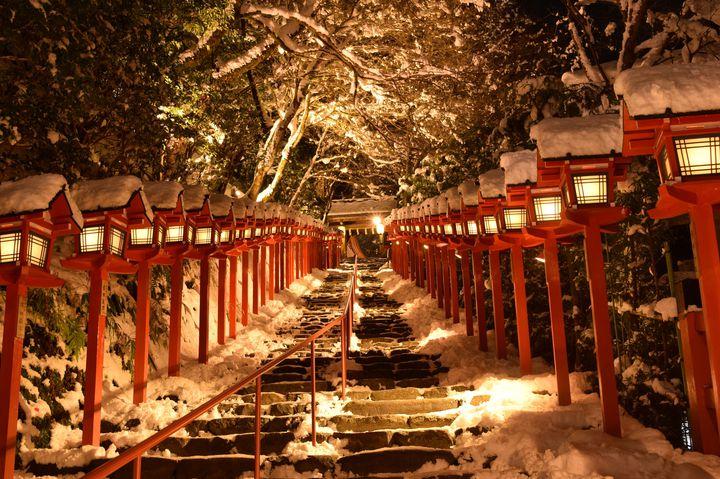 """君の吐息は白かった。関西の""""冬の絶景デートスポット""""12選"""