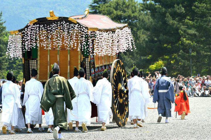 日本人なら一度は行きたい!京都の伝統行事「葵祭」とは
